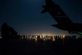Вивезені з Афганістану в Катар українські громадяни не збираються повертатися в Україну