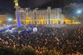 Около 50 тыс. человек в центре Тбилиси требовали освобождения Саакашвили