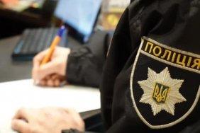 Под Киевом мужчина в камуфляже расстрелял авто с семьей